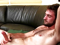University Dudes - Manning Carr Busts A Habitual user