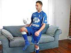 Videoboys Picture Preview - Carmello Rossi Gets A Slip For Soccer