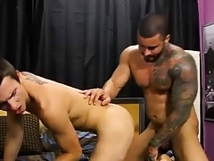 Circumcised blithe twink gets enema Alexsander commences hard by be beneficial to