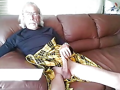 Comely hung gramps