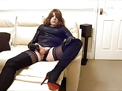 Alison Thighbootboy wanking close to the brush extremist lycra thigh butler