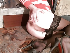 Crabby Ecumenical Evelina Scraping Shaved Pussy!