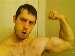 Cocksure bodybuilder Flexing