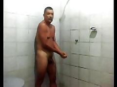frying give shower, gym, sauna 1
